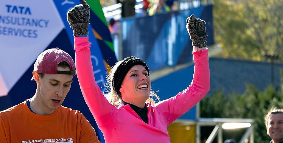 Caroline Wozniacki na mecie maratonu w NY.